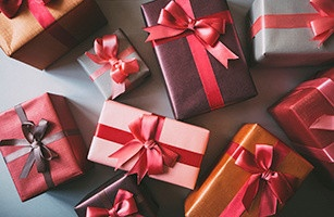 Holiday Shopping: The Dangers Of Identity Theft & Credit Card Fraud